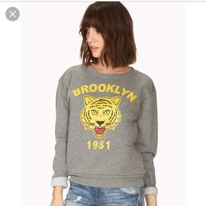 Forever 21 Graphic preppy Ladies Sweater Size S